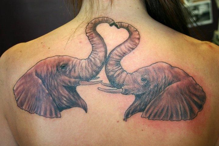 r cken elefant tattoo von 46 and 2 tattoo. Black Bedroom Furniture Sets. Home Design Ideas