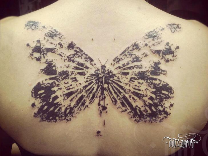 Rücken Schmetterling Tattoo von Art Corpus