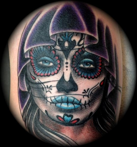 Tatouage cr ne mexicain par memorial tattoo - Tattoo crane mexicain ...