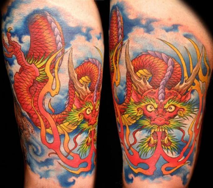 tatouage japonais dragon par club tattoo. Black Bedroom Furniture Sets. Home Design Ideas