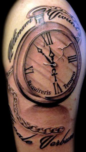shoulder realistic clock tattoo by club tattoo. Black Bedroom Furniture Sets. Home Design Ideas