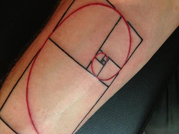 tatouage bras ligne spiral par rainfire tattoo. Black Bedroom Furniture Sets. Home Design Ideas