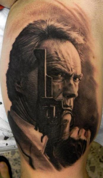 shoulder realistic clint eastwood tattoo by xavi tattoo. Black Bedroom Furniture Sets. Home Design Ideas