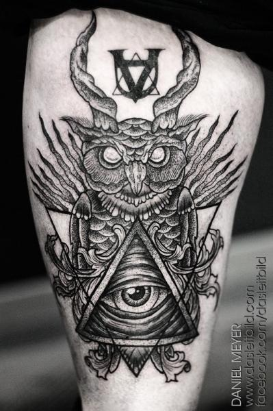 Owl God Dotwork Thigh Tattoo by Leitbild