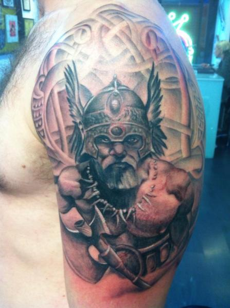 shoulder viking tattoo by cesar lopez tattoo. Black Bedroom Furniture Sets. Home Design Ideas