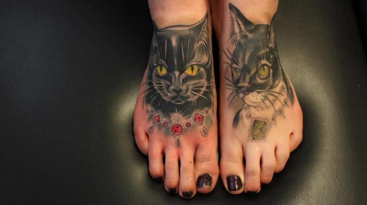 tatouage r aliste pied chat par renaissance tattoo. Black Bedroom Furniture Sets. Home Design Ideas