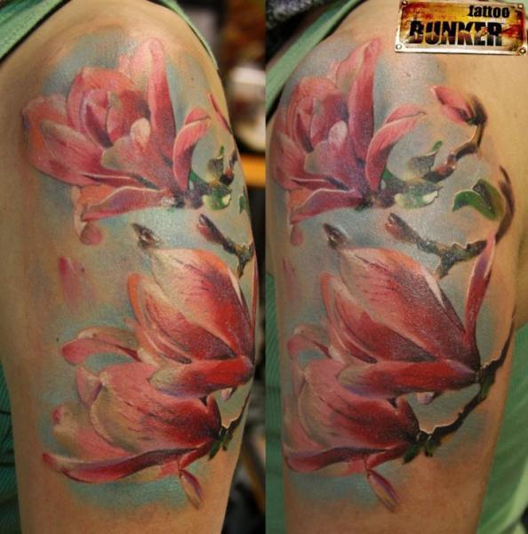 Realistic Flower Tattoo Designs: Shoulder Realistic Flower Tattoo By Mikky Tattoo
