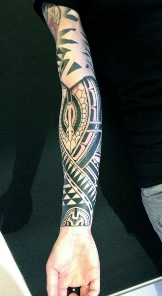 Arm Tribal Tattoo by Gerhard Wiesbeck