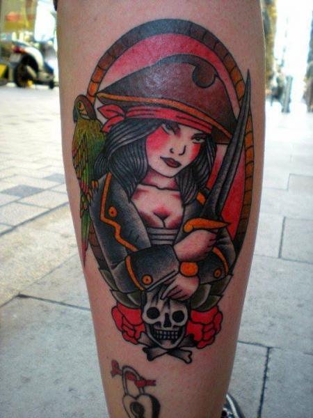 tatuagem panturrilha old school pirata por tattoo tai. Black Bedroom Furniture Sets. Home Design Ideas