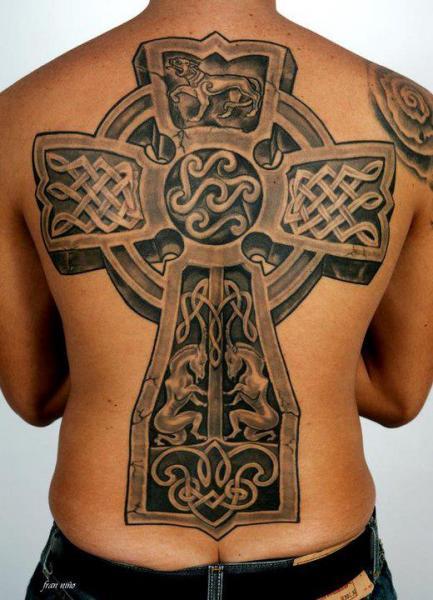 Back Tribal Crux Celtic Tattoo by Tattoo Lucio