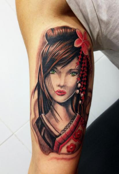 arm japanese geisha tattoo by wanted tattoo. Black Bedroom Furniture Sets. Home Design Ideas