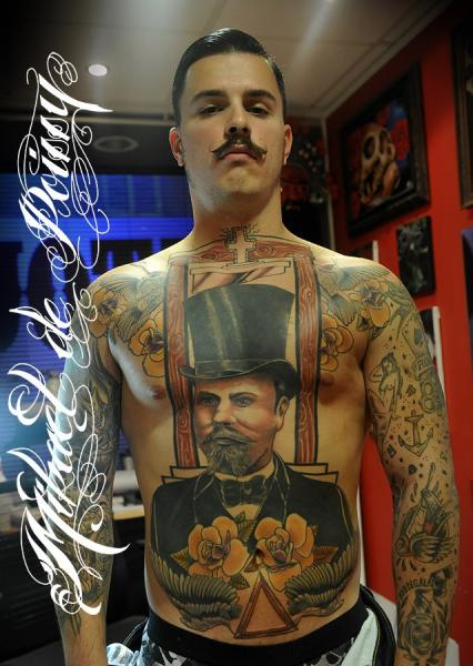 Bauch Tattoos Männer