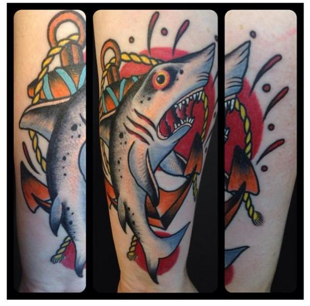 old school shark tattoo by zoi tattoo. Black Bedroom Furniture Sets. Home Design Ideas