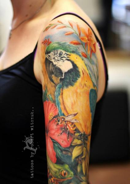 Shoulder Realistic Parrot Tattoo by Robert Witczuk