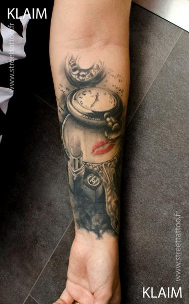 arm realistic clock 3d tattoo by street tattoo. Black Bedroom Furniture Sets. Home Design Ideas