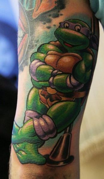 Arm fantasy ninja turtle tattoo by babakhin for Ninja turtles tattoo