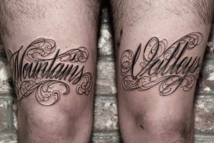 gamba scritte di saved tattoo