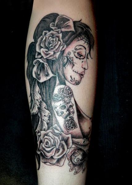arm mexikanischer totenkopf frauen tattoo von dingo tattoo. Black Bedroom Furniture Sets. Home Design Ideas