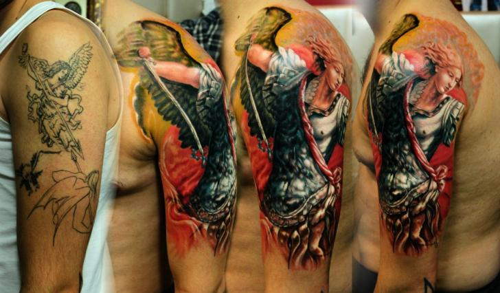 Shoulder Angel Tattoo by Kronik Tattoo
