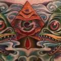 tatuagem New School Peito Deus Peixe por Pioneer Tattoo
