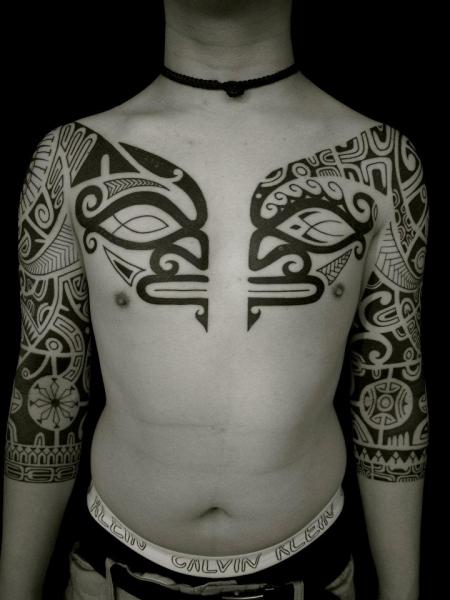 brust tribal maori sleeve tattoo von apocaript. Black Bedroom Furniture Sets. Home Design Ideas