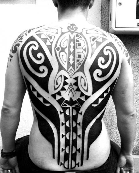 r cken tribal maori tattoo von mahakala tattoo. Black Bedroom Furniture Sets. Home Design Ideas
