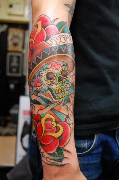 arm old school flower skull hat tattoo by illsynapse. Black Bedroom Furniture Sets. Home Design Ideas