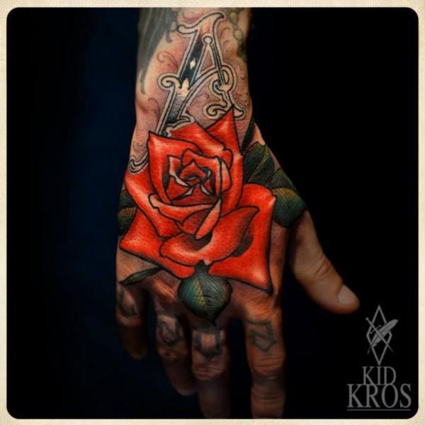 tatouage fleur main rose par kid kros. Black Bedroom Furniture Sets. Home Design Ideas