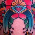 New School Hufeisen tattoo von Alex Strangler