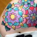 Schulter New School Blumen tattoo von Alex Strangler