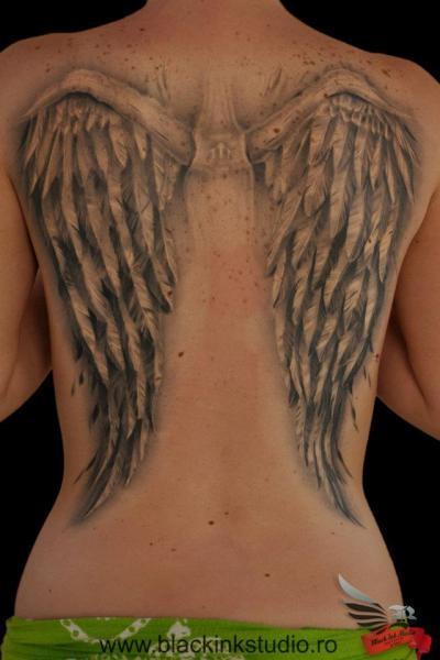 Wings tattoo studio review