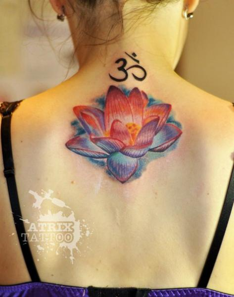 Blumen Rücken Mandala Tattoo von Atrixtattoo