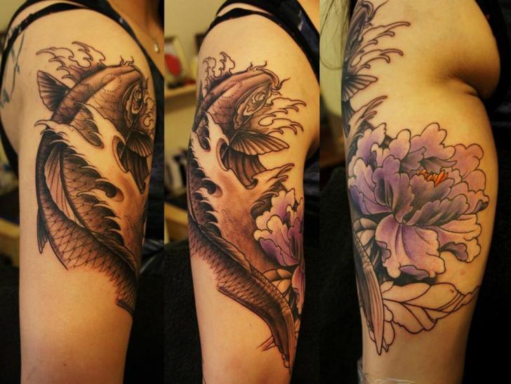 arm blumen japanische karpfen koi tattoo von white rabbit tattoo. Black Bedroom Furniture Sets. Home Design Ideas