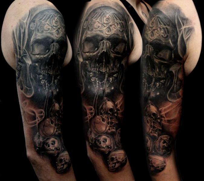 schulter arm totenkopf tattoo von puedmag custom ink tattoos. Black Bedroom Furniture Sets. Home Design Ideas