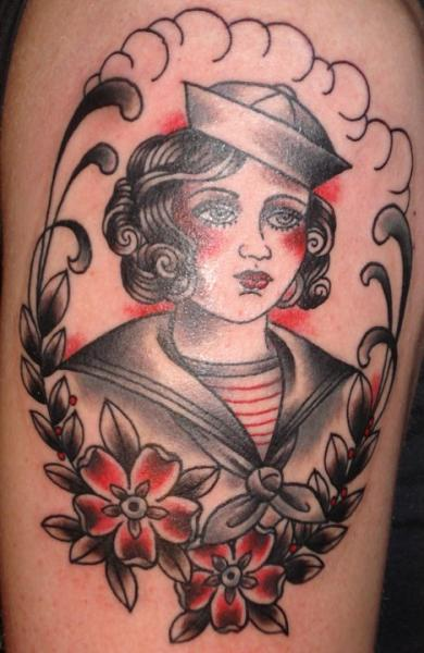 Tatouage Old School Marin par Ten Ten Tattoo
