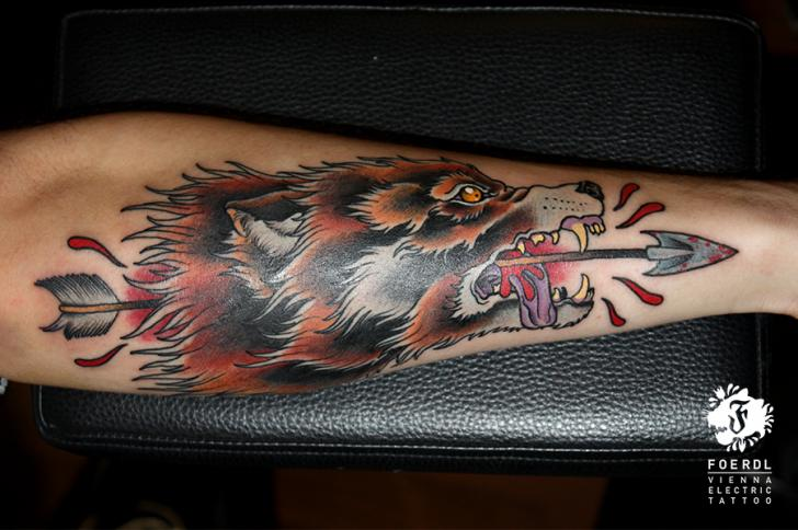 Arm New School Wolf Tattoo by Vienna Electric Tattoo