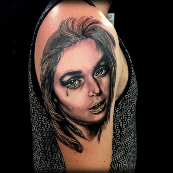 Shoulder Portrait Realistic Women Tattoo by Coen Mitchell