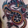 Brust Drachen tattoo von Cloak and Dagger Tattoo