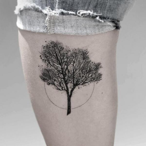 Leg Dotwork Tree Tattoo by Luciano Del Fabro