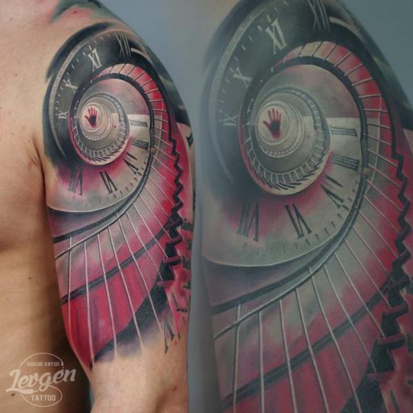 schulter uhr spirale treppen tattoo von voice of ink. Black Bedroom Furniture Sets. Home Design Ideas
