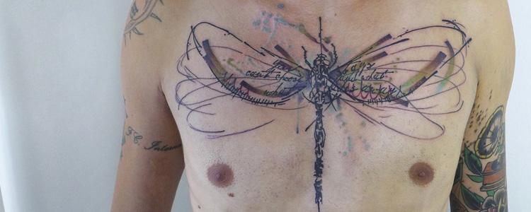 tatouage de libellule
