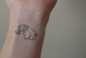 tatuagem com delineador