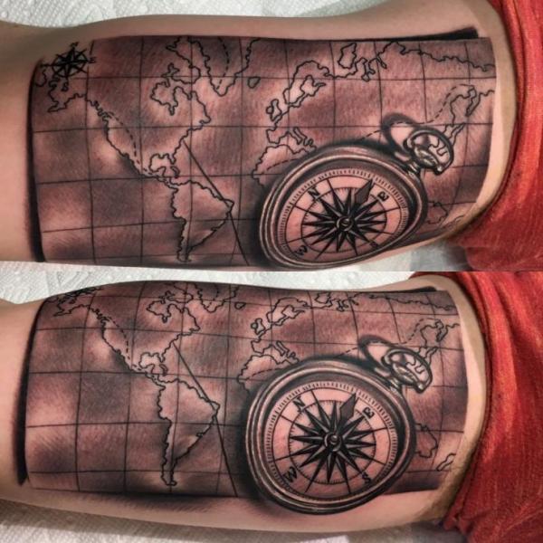 Tatuaż Ręka Kompas Mapa Przez Adrenaline Vancity