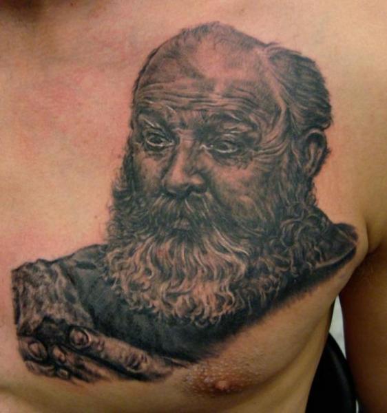 Porträt Brust Tattoo von Apocalypse Tattoo