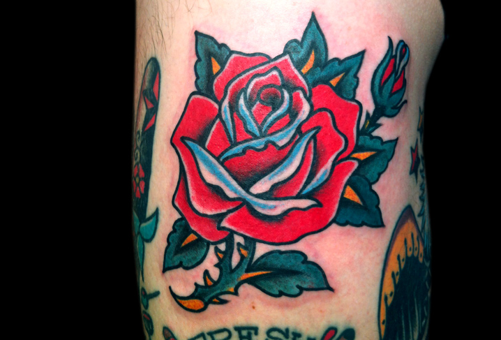 Old School Blumen Rose Tattoo von Artwork Rebels