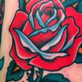 tatuaje Old School Flor Rosa por Artwork Rebels
