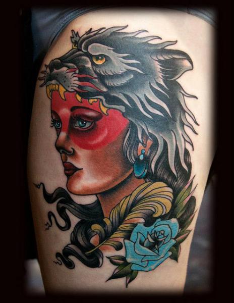 Tatuaje Old School Pierna Mujer Lobo Por Black 13 Tattoo