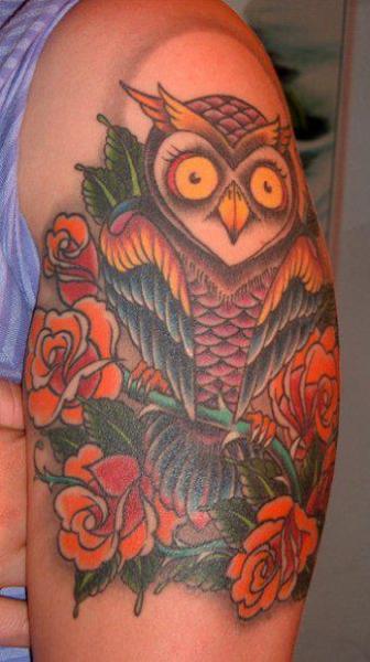 Shoulder Old School Owl Tattoo by Black Cat Tattoos