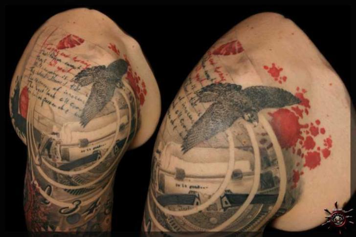 Shoulder Trash Polka Tattoo by Caesar Tattoo