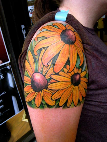 Shoulder Flower Tattoo by Deluxe Tattoo